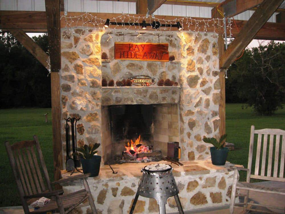 Bay Hide Away campground outdoor fireplace
