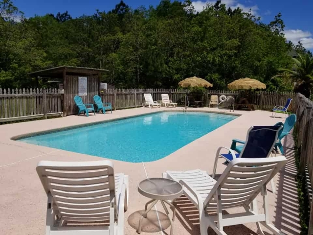 Bay Hide Away Campground Pool