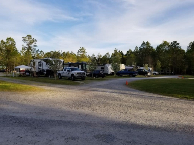 Bay Hide Away RV Park campground front row